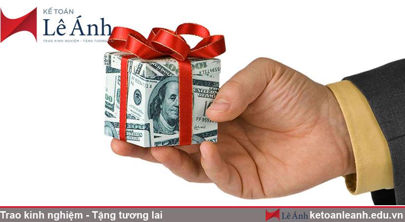 Tính thuế tncn với khách hàng được thưởng