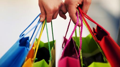 Đơn vị được nhận hàng hóa, dịch vụ cho, biếu tặng nên hạch toán như thê nào