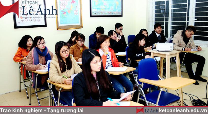 Hình ảnh học viên tại kế toán Lê Ánh