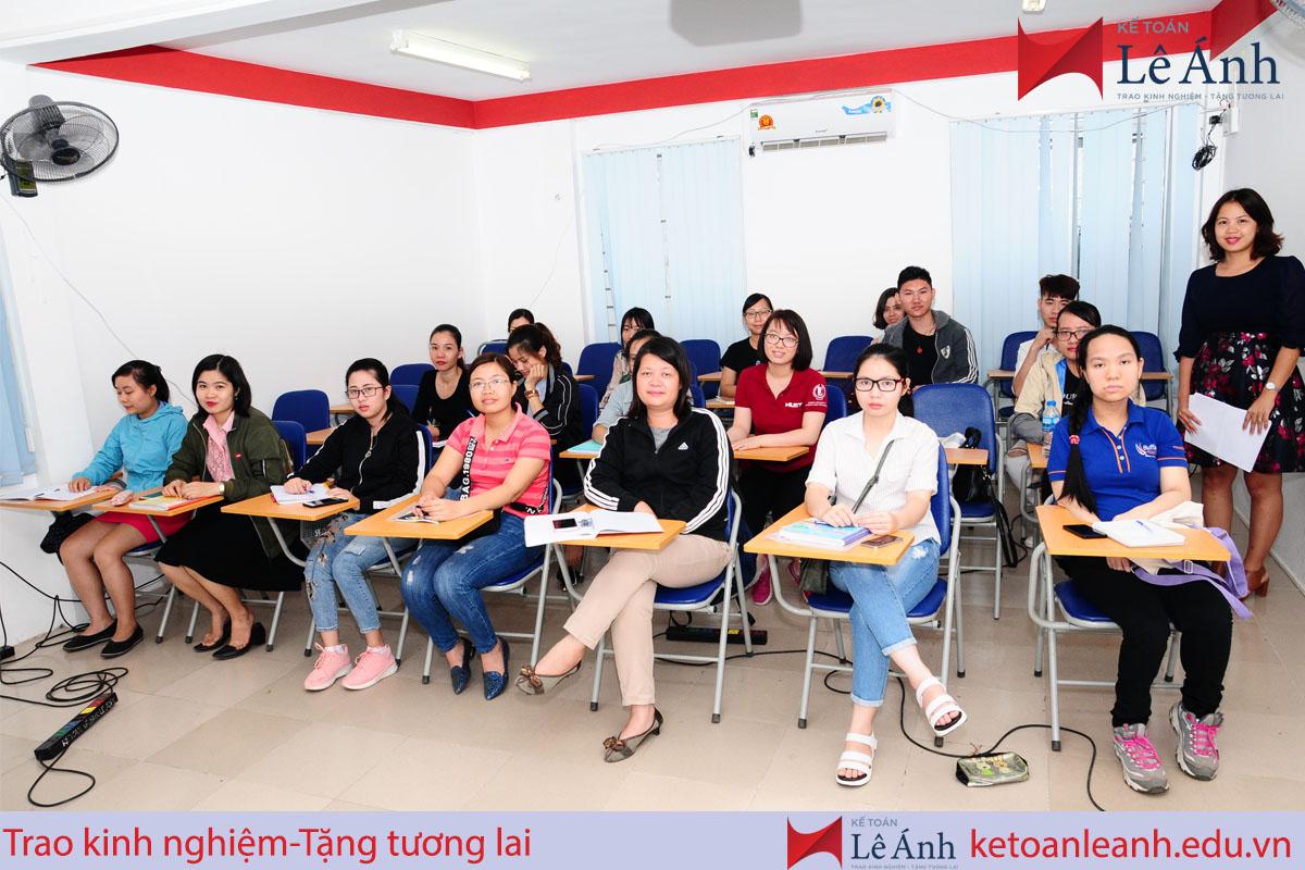 khóa học kế toán thực hành tphcm